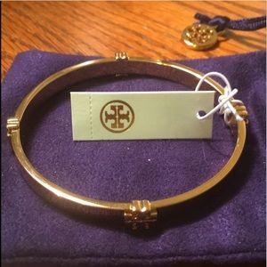 NWT  Tory Burch Gold Logo Bangle Bracelet